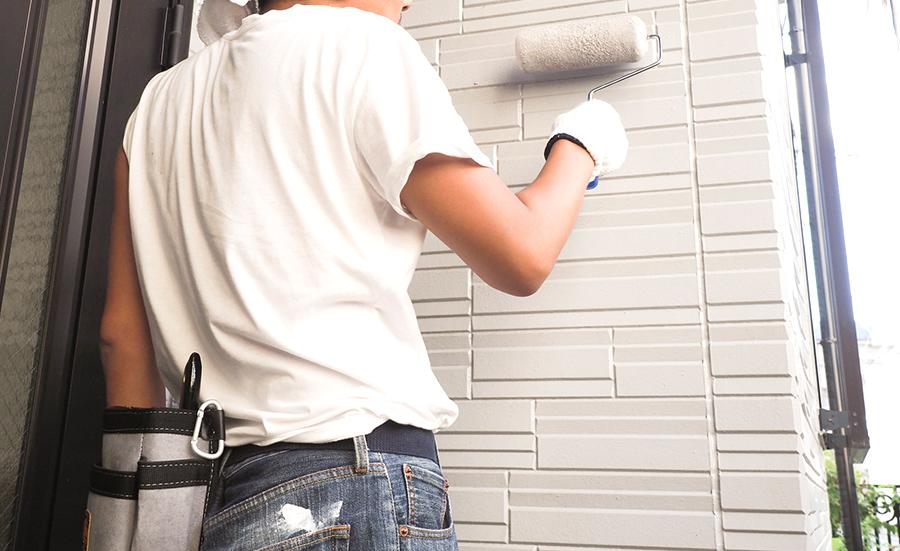 外壁の塗装職人